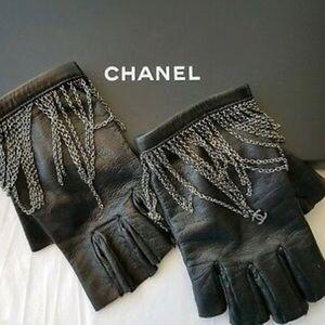 Chanel fingerless gloves